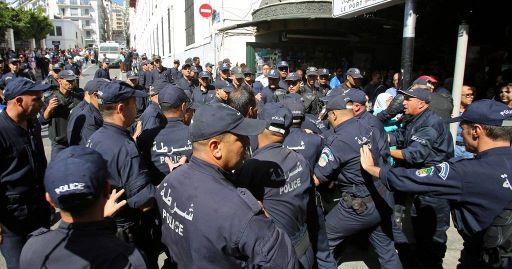 Algerians clash with riot police during protest over hydrocarbon bill