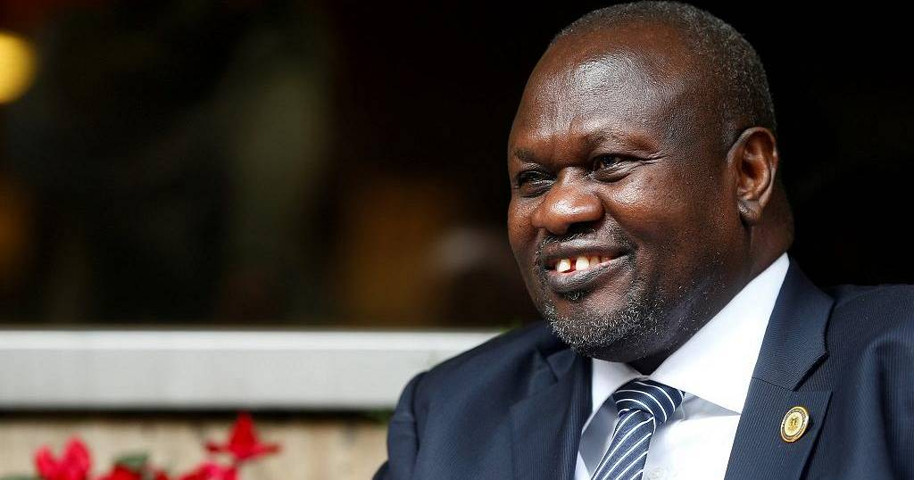Riek Machar visits South Sudan to save peace deal