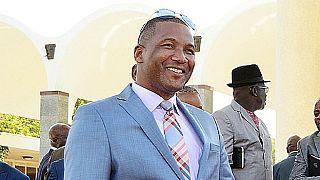 Botswana : le leader de l'opposition certain de remporter les élection
