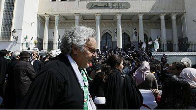 Algérie: des magistrats entament une grève illimitée