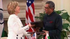 US and India agree arms and nuclear deals