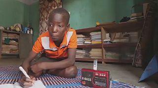 Burkina Faso : une émission de radio aide les enfants déplacés