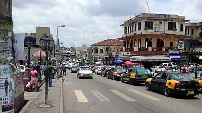 Ghana : des dizaines de magasins d'étrangers fermés de force