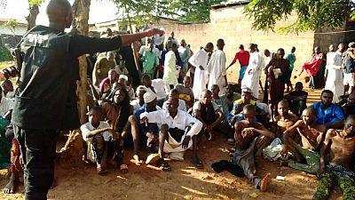 Nigeria : le gouvernement blâmé après la découverte de maisons de torture
