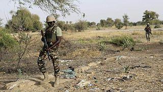 Les forces de sécurité nigérianes sur le lieu d'une embuscade meurtrière djihadiste