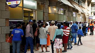 Zimbabwe rolls out new currency amid cash shortages