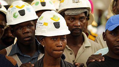 Les Blancs gagnent toujours beaucoup plus que les Noirs en Afrique du Sud