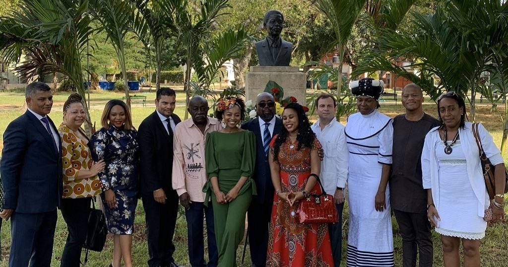 Another Nelson Mandela statue unveiled - In Cuban capital Havana