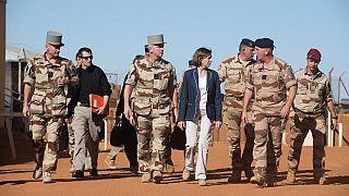 Mali : hommage à huis clos aux militaires français tués