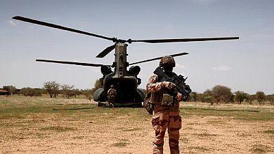 Mort de 13 soldats français : le groupe EI affirme avoir causé la collision