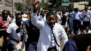 Zimbabwe doctors reject 'return to work offer'