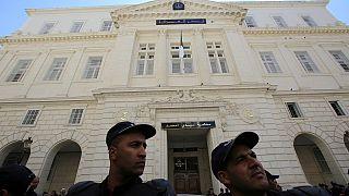 Algérie : ouverture du procès d'anciens Premiers ministres et autres pontes du régime