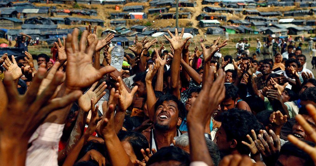 """""""Les Rohingya, un génocide comme au Rwanda"""", dénonce la Gambie"""