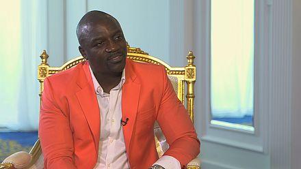 A Sharjah, la star du R'n'B Akon donne des conseils aux jeunes entrepreneurs