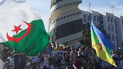 Présidentielle en Algérie : centres de vote saccagés ou assiégés en Kabylie (témoins)