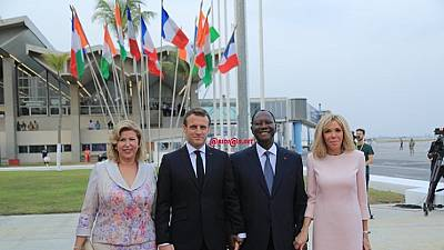 Macron in Ivory Coast: meets troops, set to launch anti-terrorism academy