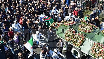 [Mise à jour] Algérie : le puissant général Ahmed Gaïd Salah enterré comme un chef d'Etat
