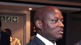 Bissau : le président sortant, en larmes, appelle au retour de la stabilité