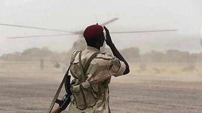 Boko Haram: le Tchad rapatrie ses troupes du Nigeria, des centaines de civils fuient