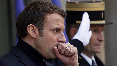 """Macron dénonce des """"puissances étrangères"""" alimentant le discours antifrançais au Sahel"""
