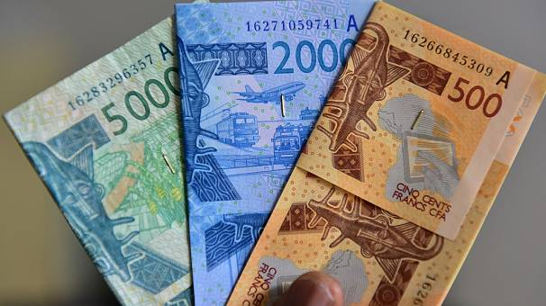 Nigeria leads 6 nations opposed to change of CFA franc to Eco
