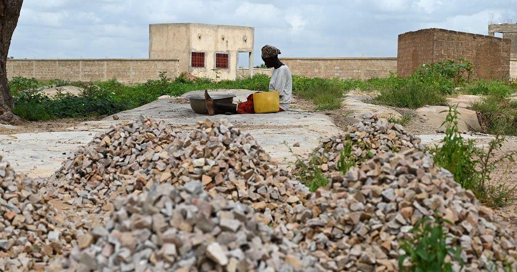Militants attack, burn market in Burkina Faso killing 36