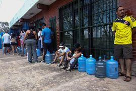 Miles de personas quedaron sin agua potable durante el apagón.10 marzo 2019