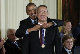 تام هنکس، بازیگر آمریکایی در سال ۲۰۱۶ نشان افتخار آزادی دریافت کرد.