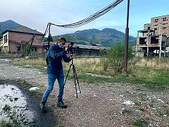 Euronews reporter Hans von der Brelie filming at abandoned Petrila coal mine in the Romanian Jiu Valley
