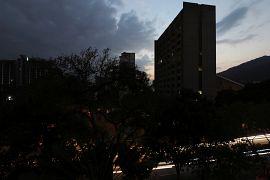 Ülkenin 23 eyaletinden 22'sinde elektrik kesintisi yaşandı