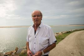 François Anil, resident at La Faute-sur-Mer:  We were far from imagining the water would rise to 2.80m.