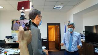 Euronews reporter Hans von der Brelie interviewing Romanian Minister of Economy and Energy Virgil Daniel Popescu in Bucharest
