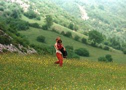 کودکان آواره در جریان جنگ کوزوو در سال ۱۹۹۸