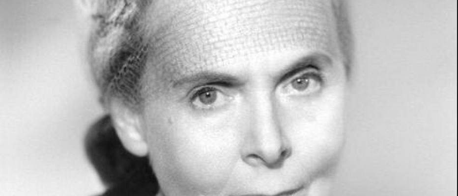 First woman to win France's Prix Goncourt in 1944: Elsa Triolet