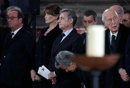 Les anciens présidents français, François Hollande, Nicolas Sarkozy et Valery Giscard d'Estaing à la cérémonie funéraire de Jacques Chirac en l'église Saint-Sulpice à Paris