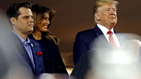 Trump, Washington'da katıldığı beyzbol maçında yuhalandı: Onu içeri tıkın!