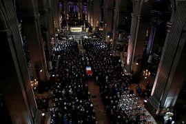 Le cercueil de Jacques Chirac est sorti de l'église Saint-Sulpice à la suite de la messe funéraire