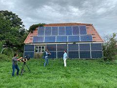 An energy neutral home: Euronews reporter Hans von der Brelie and cameraman Martin Egter van Wissekerke filming URGENDA director Marjan Minnesma