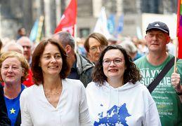 SPD-Spitzenkandidatin Katarina Barley und Parteichefin Andrea Nahles