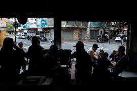 Una tienda durante el 2do día de un apagón. Caracas, Venezuela. 9 de marzo.