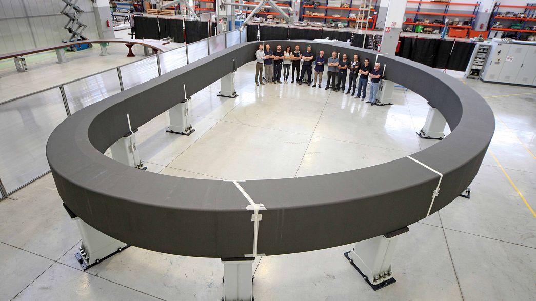 Il più grande magnete al mondo in viaggio: servirà a studiare il segreto dell'energia inesauribile