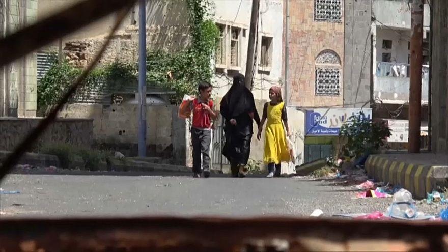 Yemen: aiuti ancora bloccati