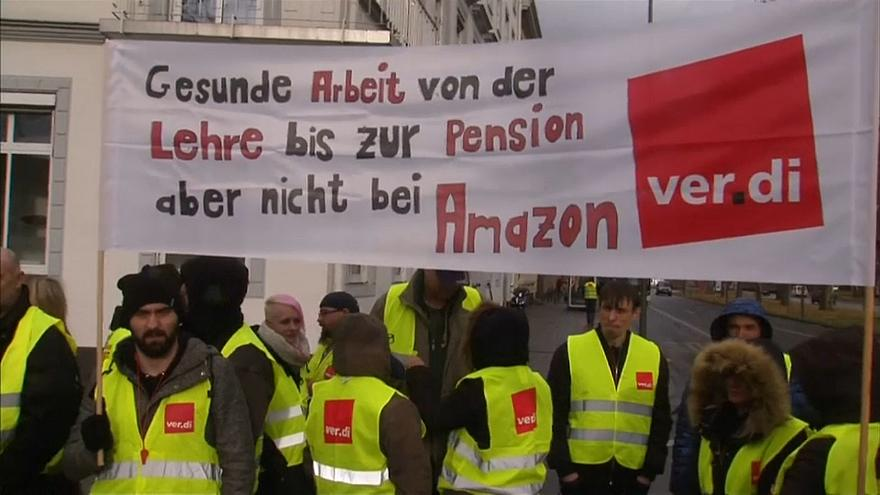 Amazon workers on strike germany