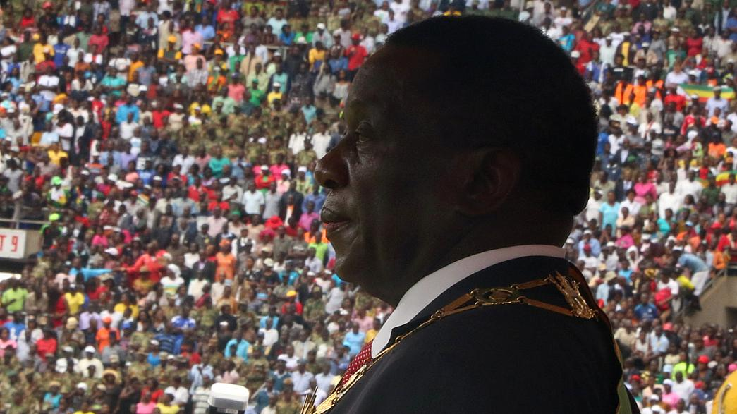 A missão impossível de Emmerson Mnangagwa