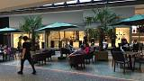 Almanya'da bir kafenin eşofmanla giriş yasağı tartışma başlattı
