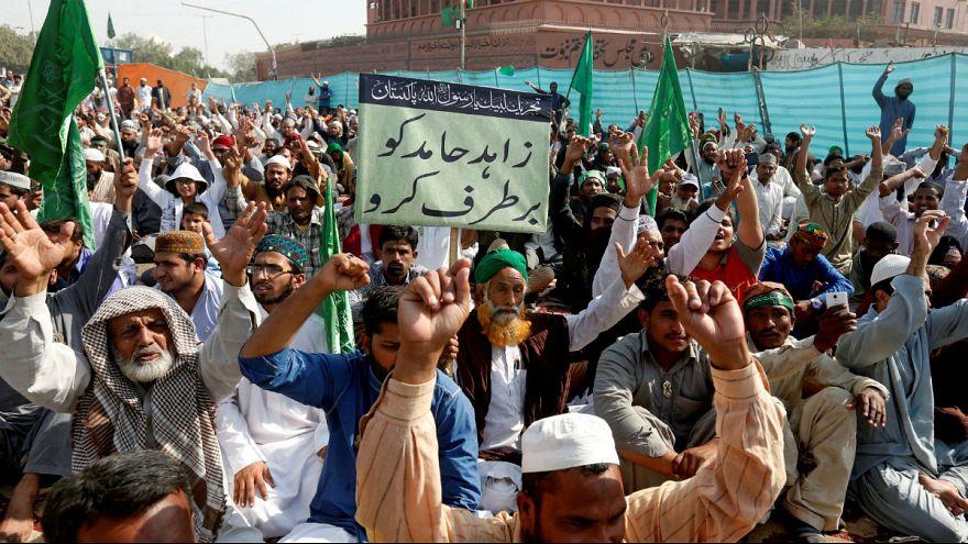 وزیر دادگستری پاکستان در پی اعتراضات اسلامگرایان استعفا داد