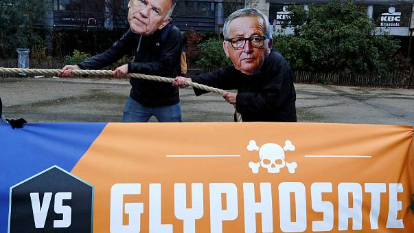 Glyphosate opponents express anger at EU Commissioners in Brussels