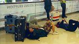A Bali, le volcan oblige l'aéroport à rester fermé