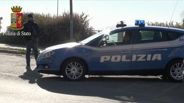 Razzien bei Rom: Krieg der Mafiaclans befürchtet