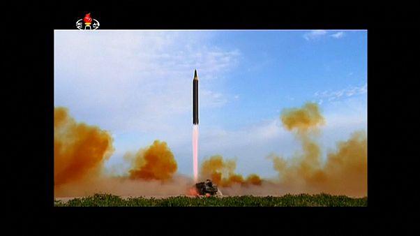 Um míssil da Coreia do Sul responde a novo míssil da Coreia do Norte